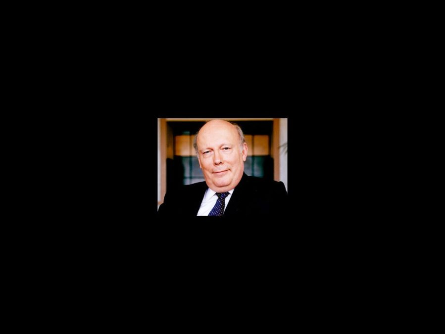 Julian Fellowes - square headshot - 3/12