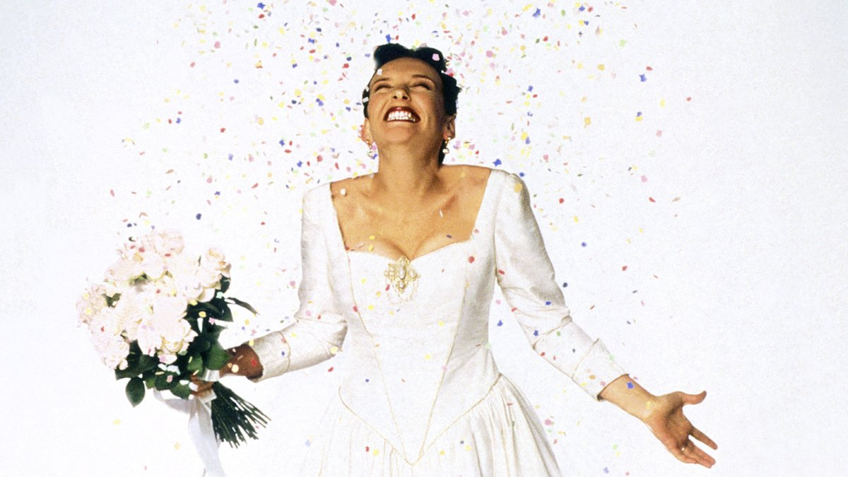 Press - Muriel's Wedding - 9/16