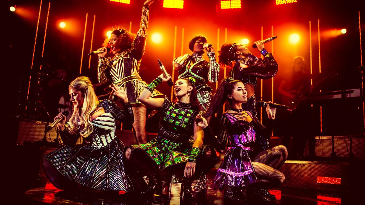 PS - Six - The Arts Theatre in London - Natalie Paris - Jarneia Richard-Noel - Millie O'Connell - Alexia McIntosh - Aimie Atkinson - Maiya Quanash-Breed - 2019 - Idil Sukan